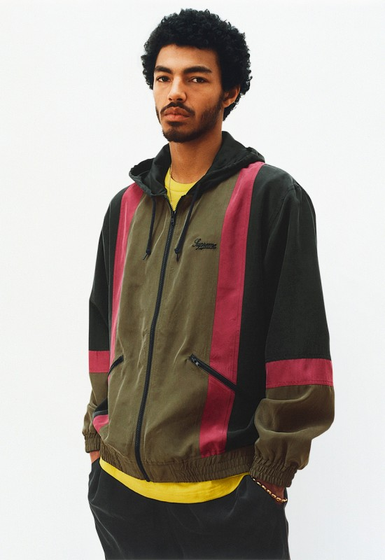 supreme-ss17-lookbook-obama-17-550x800.jpg