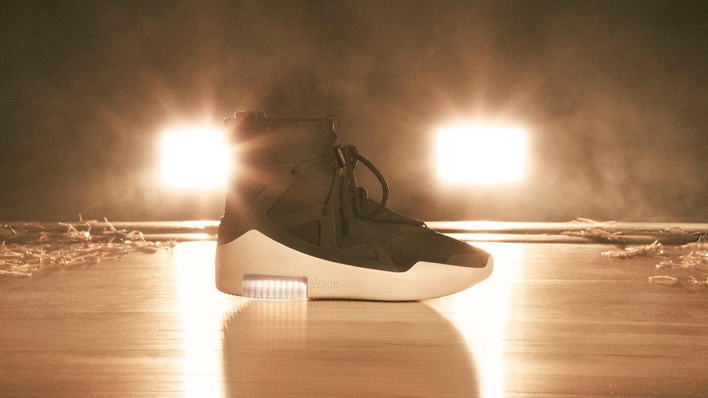Nike-x-Fear-of-God-14_original.jpg