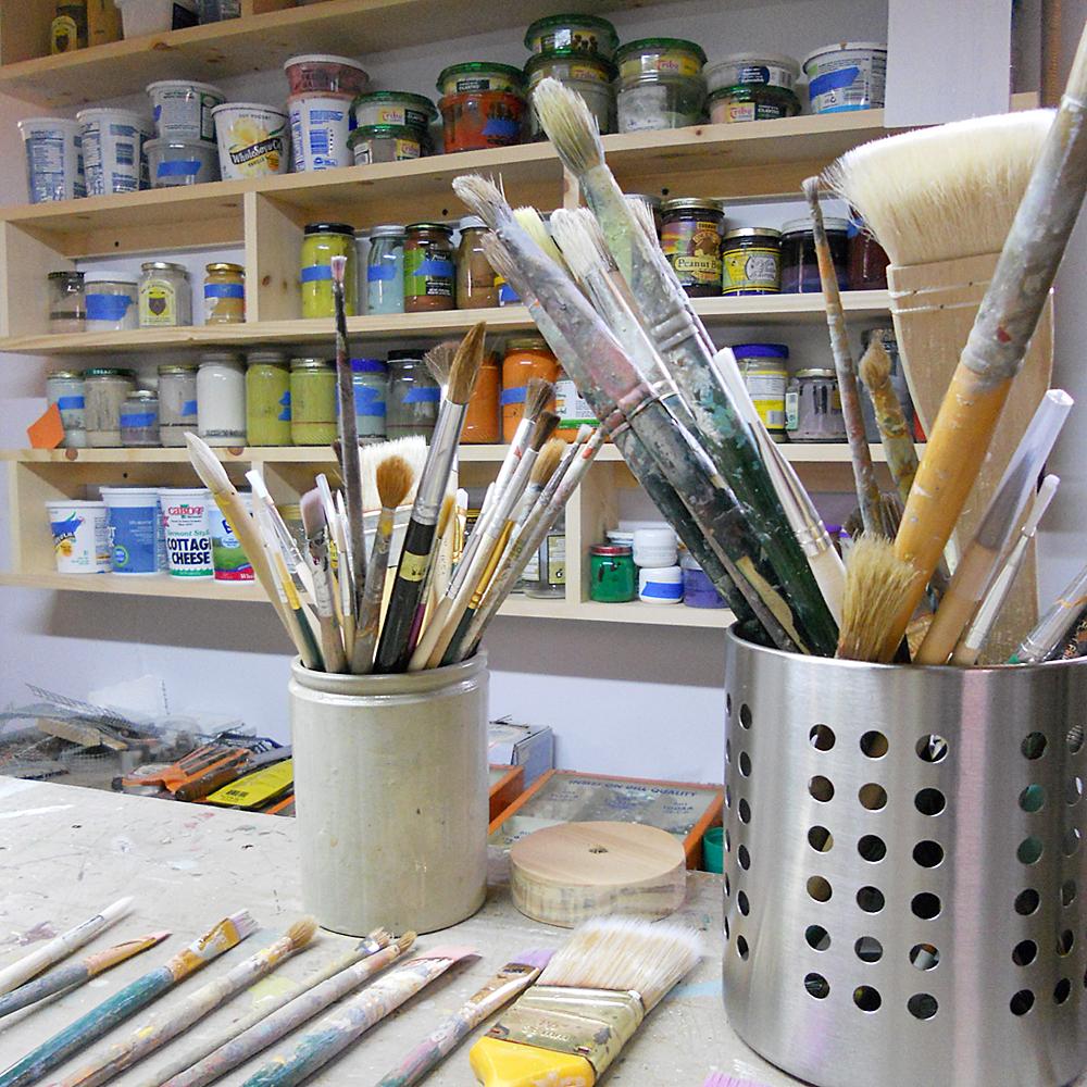studio_brushes.jpg