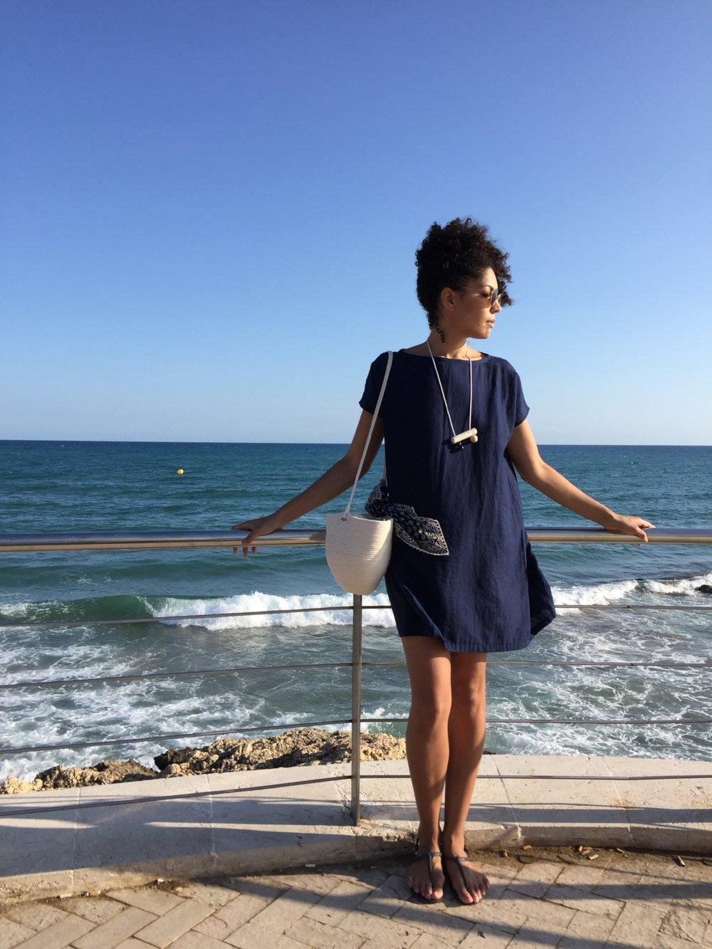 ee504-seesoomuch_minimalist_travel_wardrobe_packingseesoomuch_minimalist_travel_wardrobe_packing.jpg
