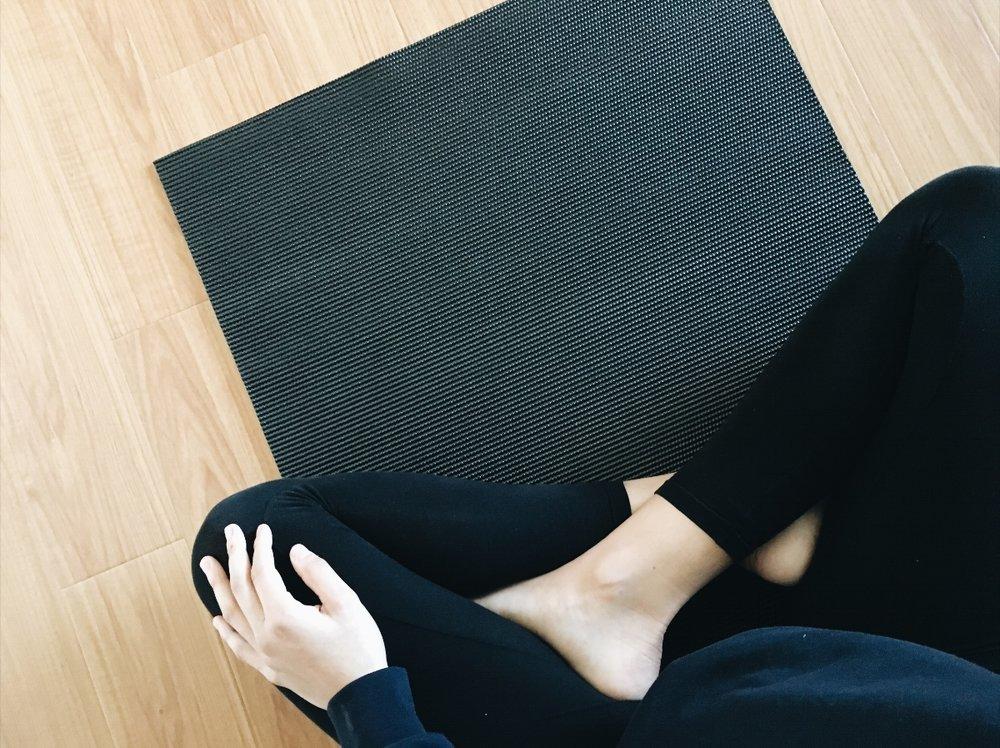 e0749-seesoomuch_yoga_habit_routineseesoomuch_yoga_habit_routine.jpg