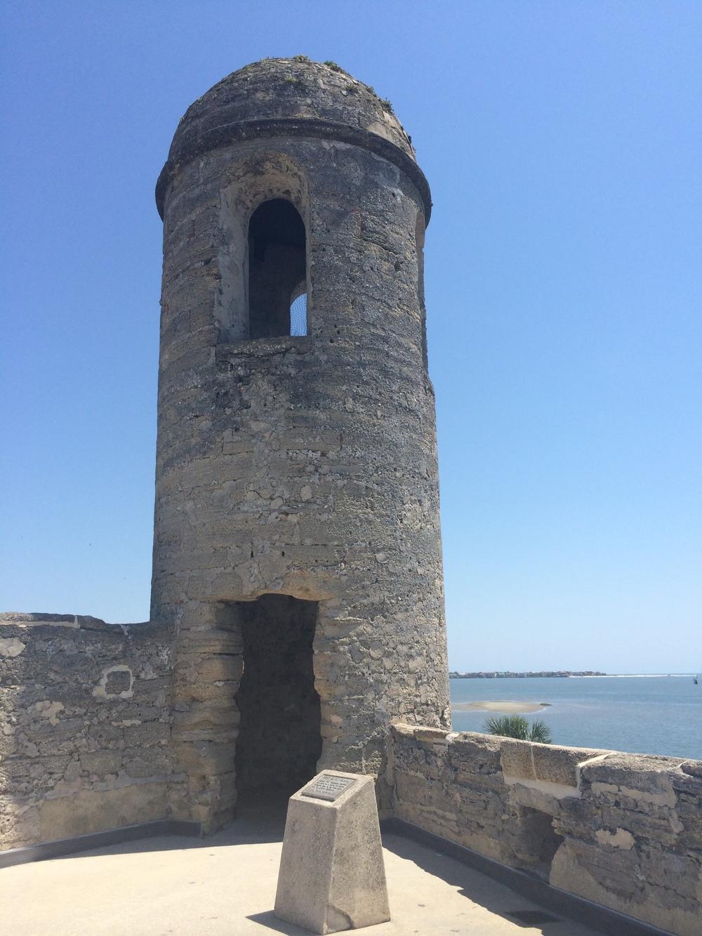 Torre mais alta do Castillo de San Marcos, parte histórica de Saint Augustine.