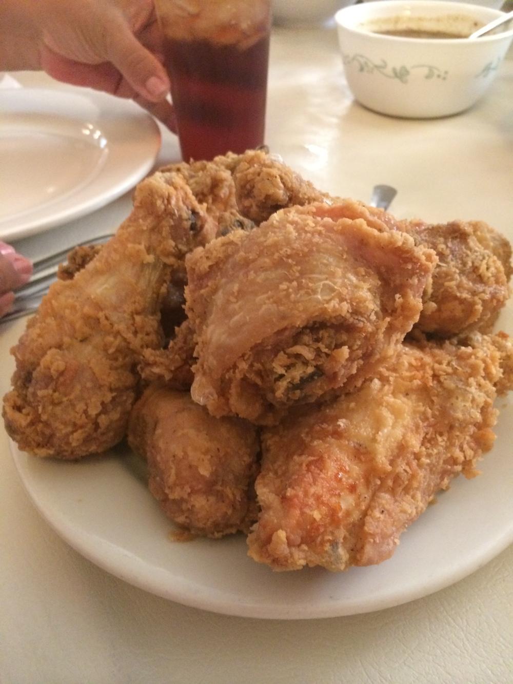 A estrela do cardápio: frango frito!