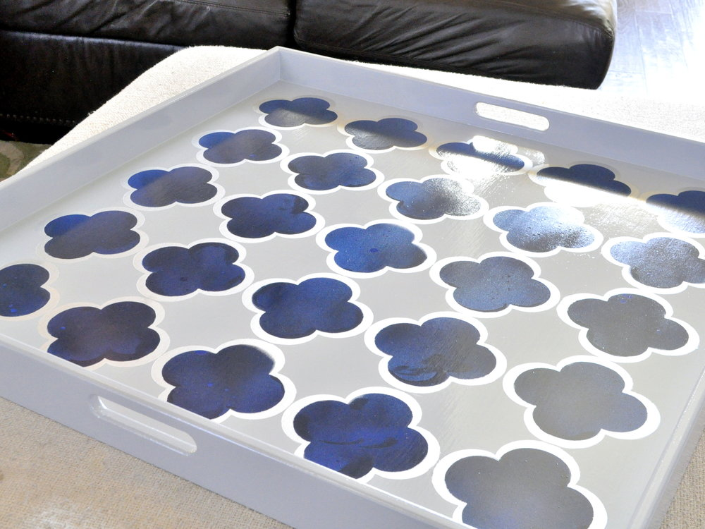 Bright Blue and Gray Quatrefoil