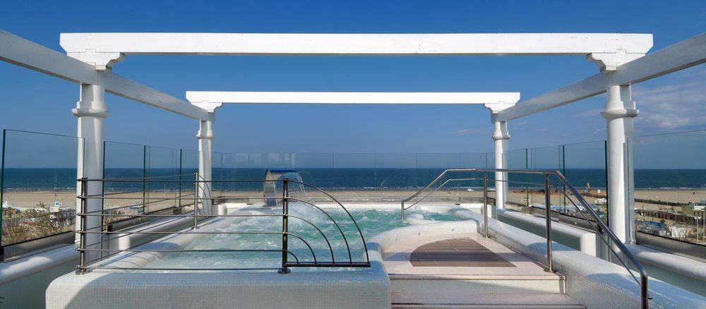Piscina per Hotel De Londres Rimini