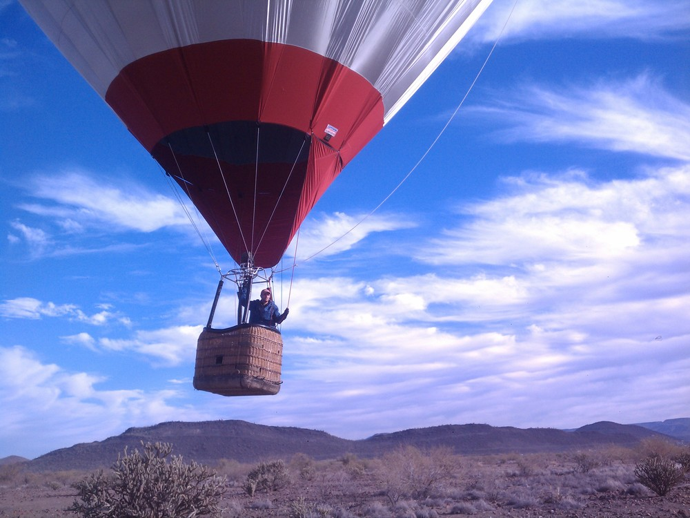 A student pilot solo flight in a hot air balloon.