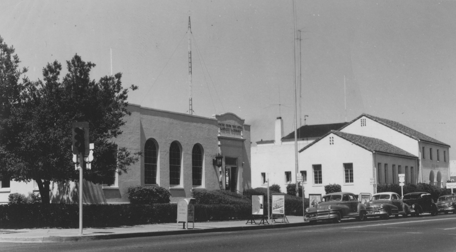 Roseville Post Office and City Hall circa 1950's.