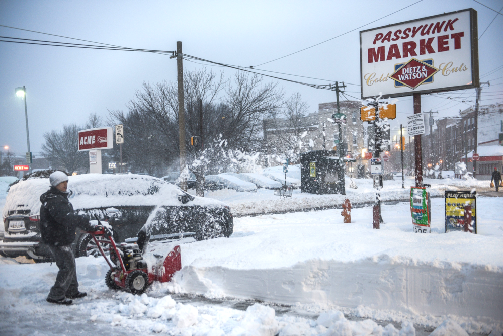 Passyunk Market remained open through the storm.