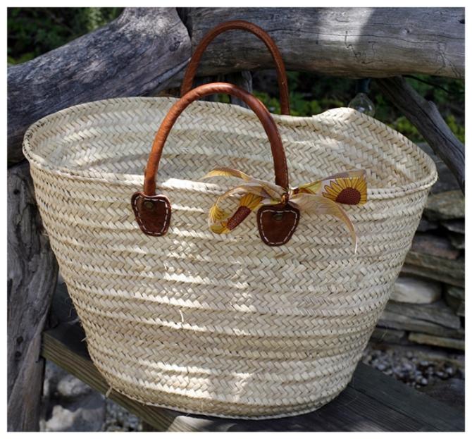 medina straw bag leather handle.jpg
