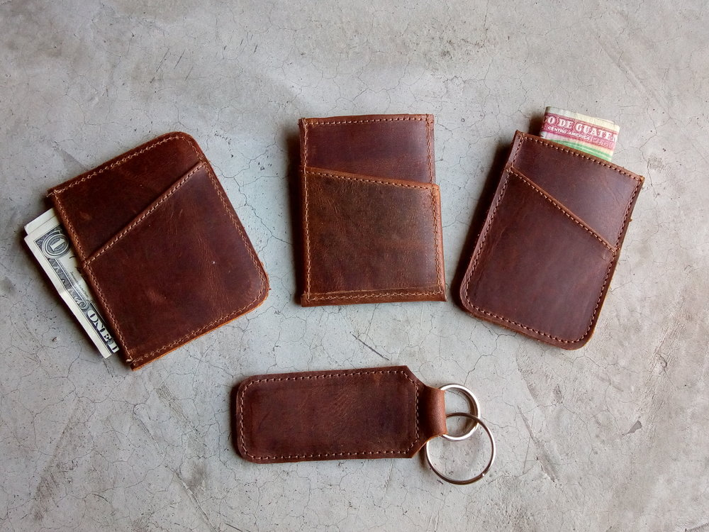 Minimalist wallets, back, key chain.jpg