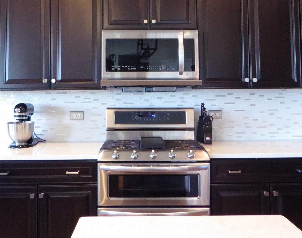 kitchen after stove crop2.jpg