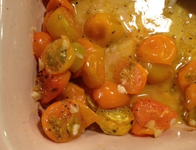 Roasted tomatoes with garlic and honey