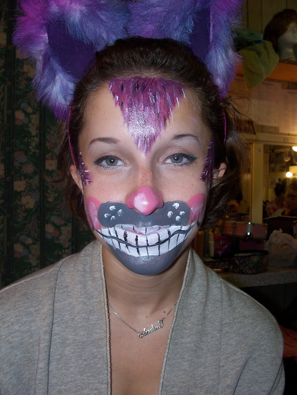 Alice in Wonderland - Cheshire Cat 1.JPG