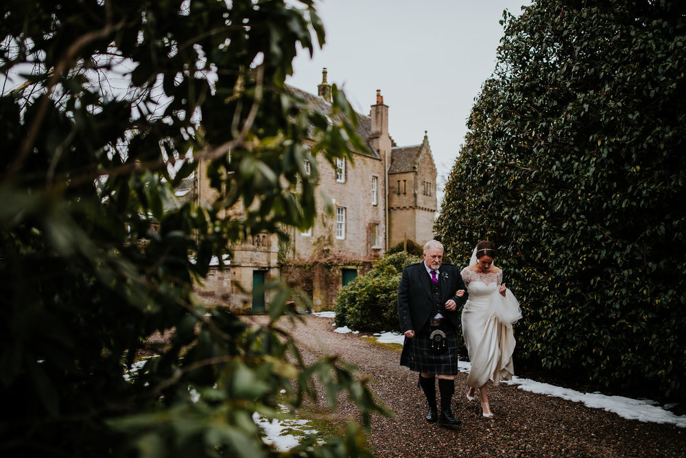 kirknewton stables wedding photographer (25).jpg