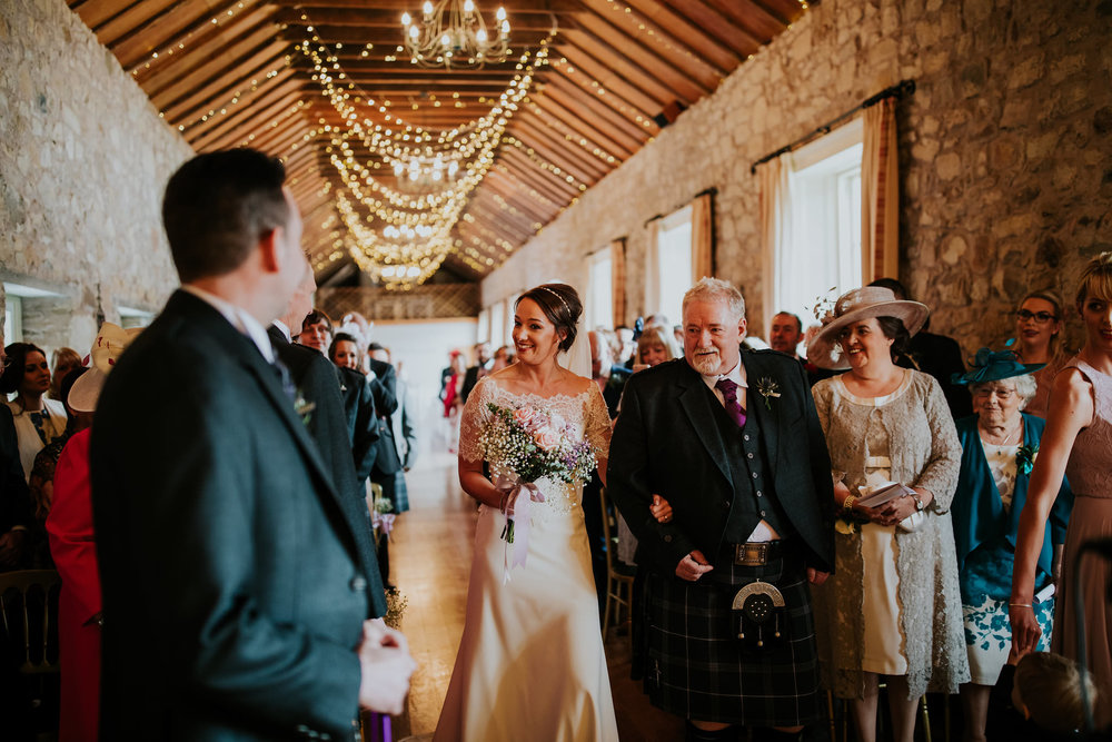 kirknewton stables wedding photographer (30).jpg