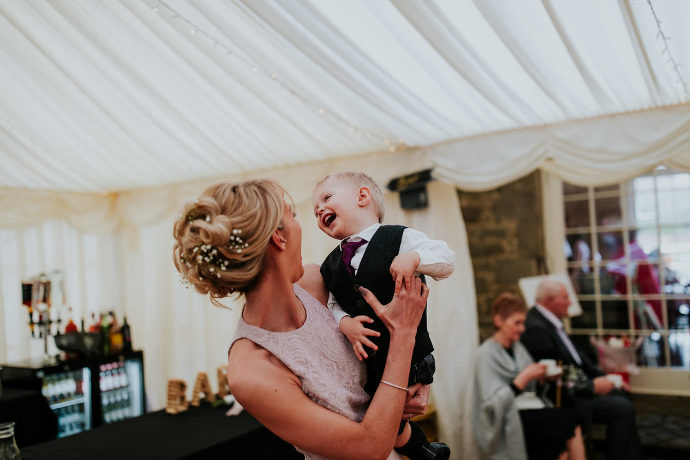 kirknewton stables wedding photographer (70).jpg