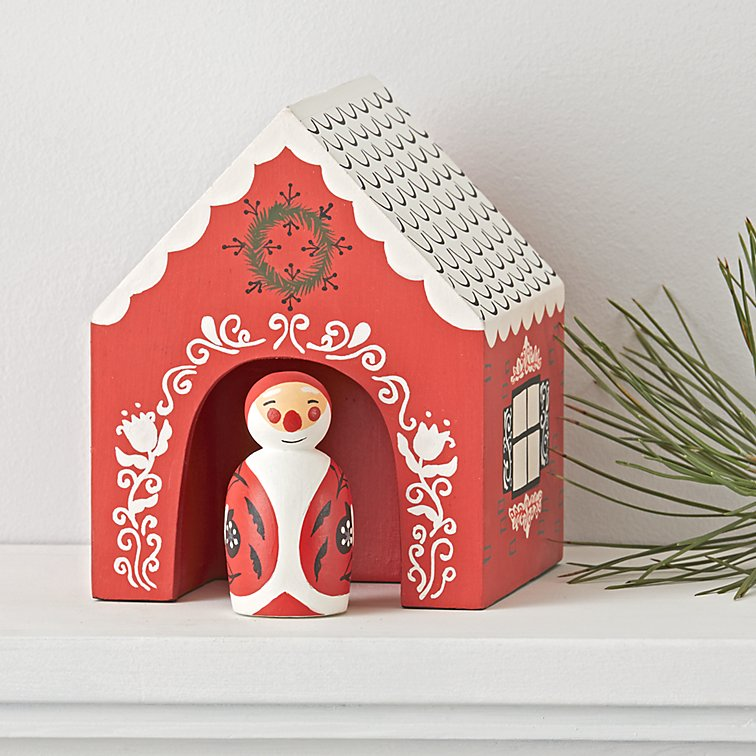santa-village-decor.jpg