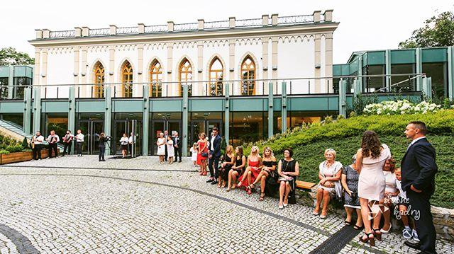 K&M (2017) . . . . .  #instalove #couple #wedding #wesele #love #slubnaglowie #bride #fotografslubny #weddingphotography #fotografiaslubna #slub2018 #slubneinspiracje #weddinginspiration #slub #ślub #slub2019 #warszawa #instawedding #weddingphotographer #weddingphoto #photography #bridal #lookslikefilm #sesjaslubna #poland #zdjeciaslubne #magiclens #slubnekadry #studiowiraszka
