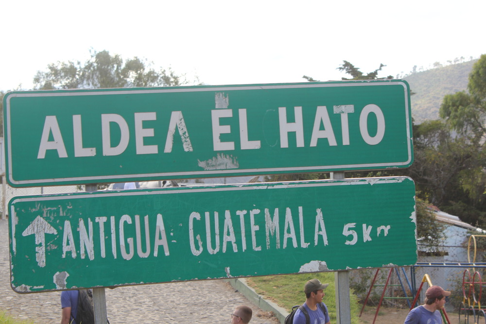 El Hato Sign.JPG