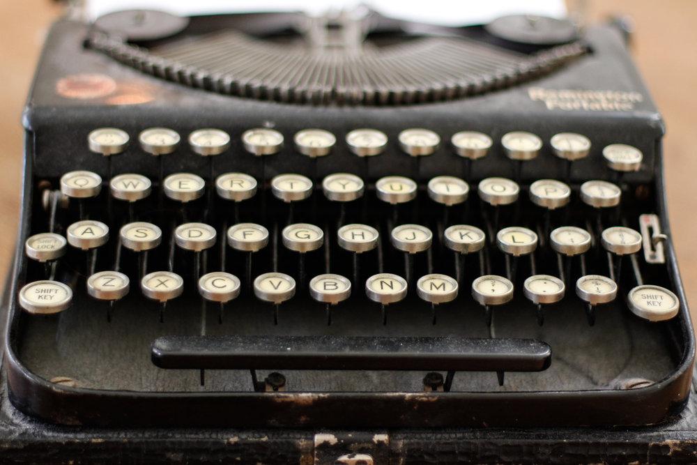 10. typewriter.jpg