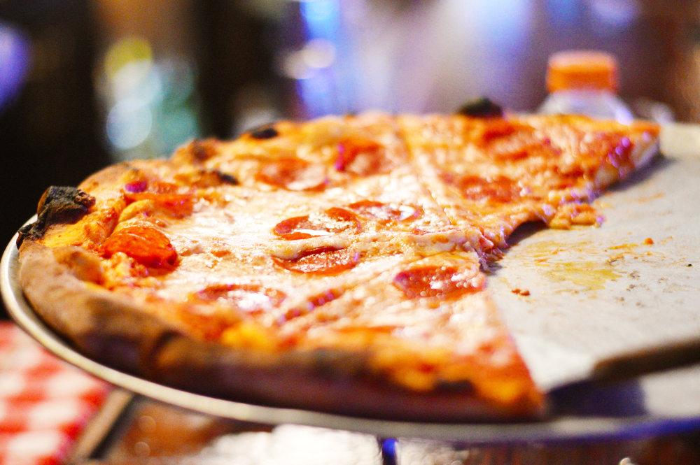 drh_nyc-2018-menu-lunch-dinner-pizza-pepperoni-4-1500.jpg