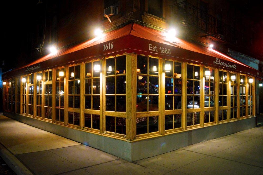drh_nyc-2018-restaurant-exterior-night-bg-1.jpg