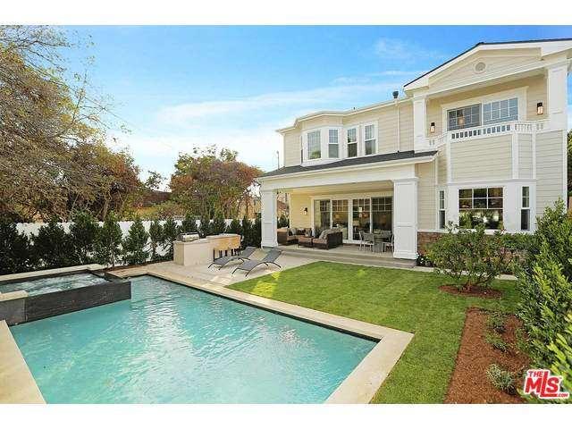 636 N. Stanley AvenueLos Angeles 90036 - $2,526,000