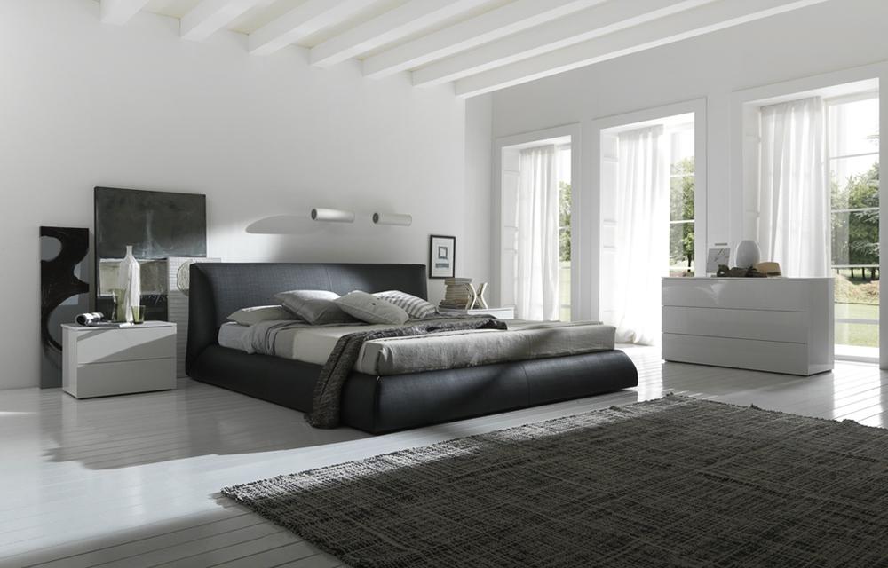 Black Bed White Spacious Bedroom Idea