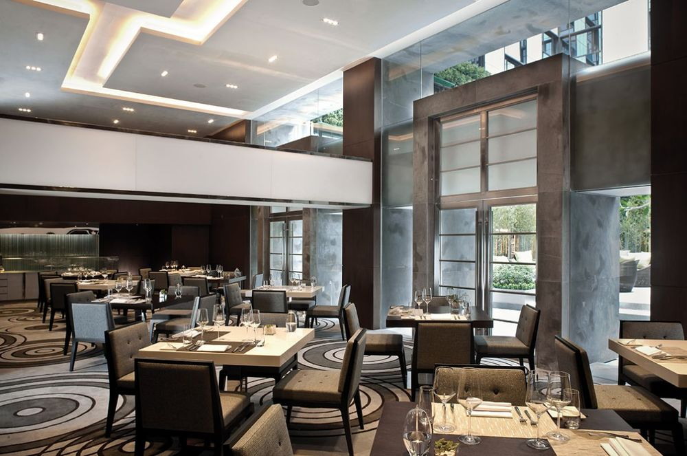 retro-classic-restaurant-interior-design-the-mira-hotel.jpg