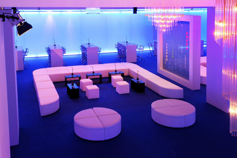 lounge_05.jpg
