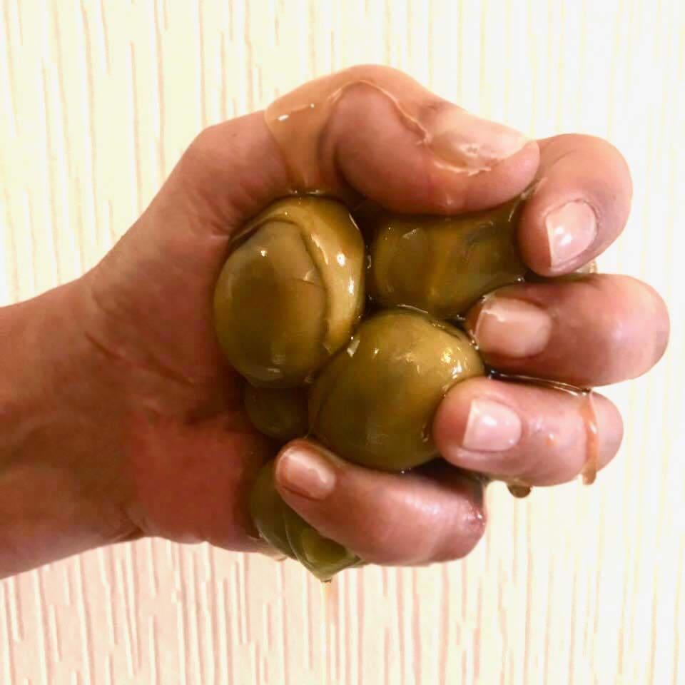 diy-extra-virgin-olive-oil-nail-treatment.jpg