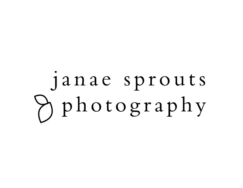 janae_sprouts_photo_logo_800px.jpg