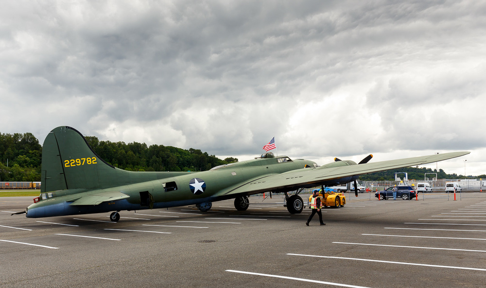 "Boeing B-17 ""Flying Fortress"""