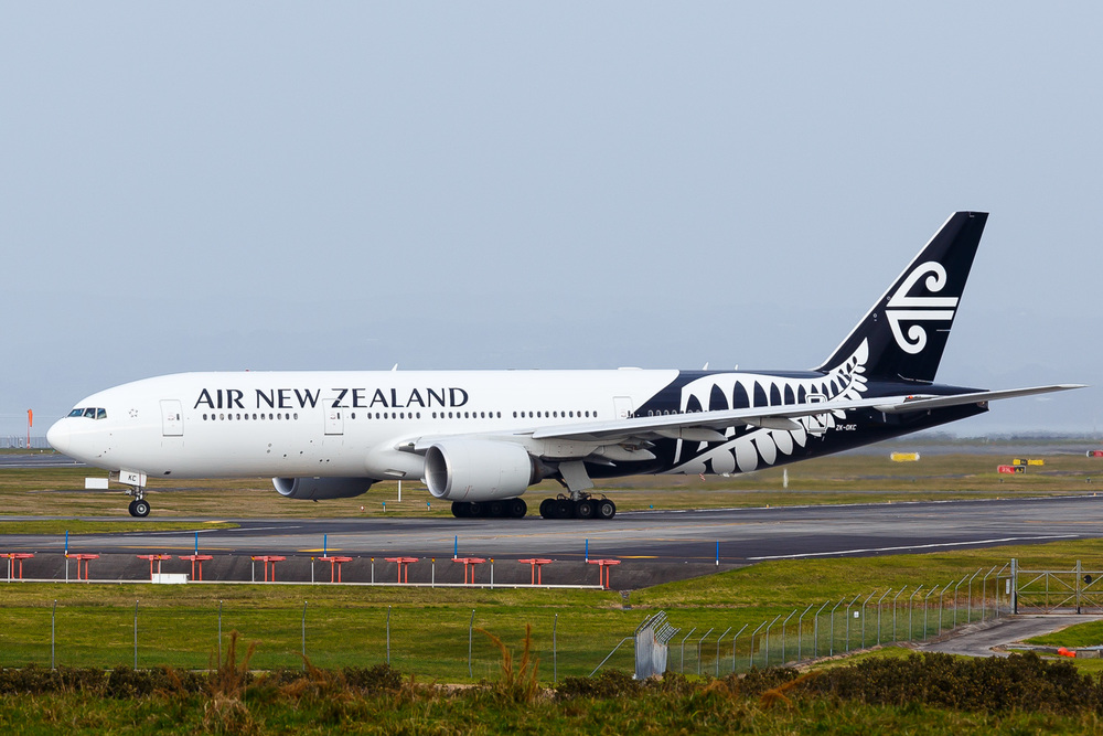 Air New Zealand Boeing 777-200ER ZK-OKC