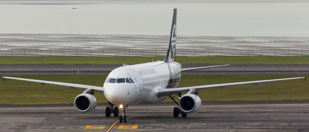 Air New Zealand A320 ZK-OJQ