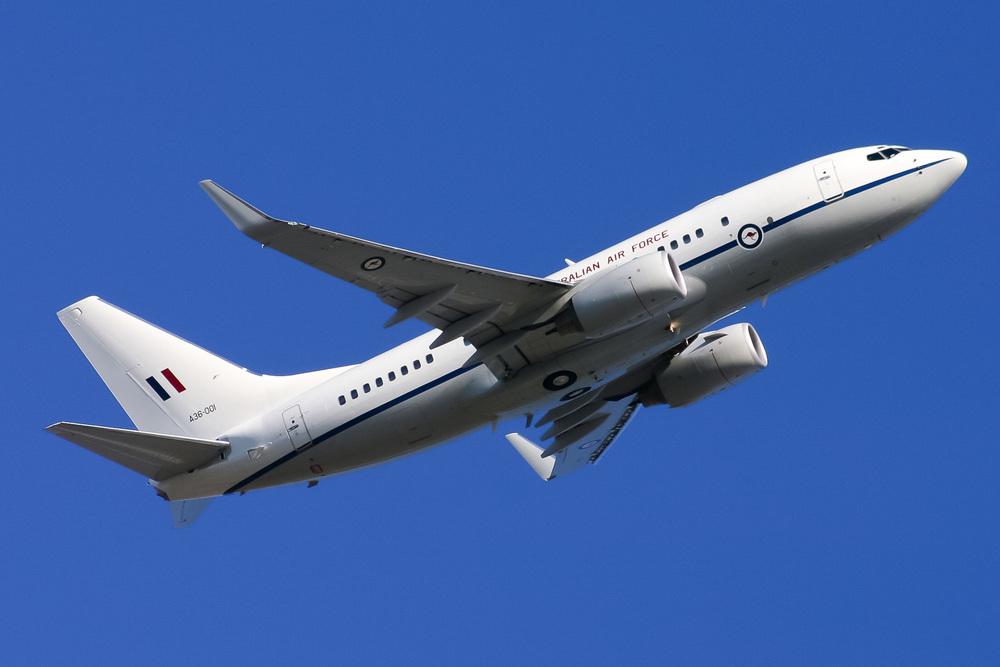 Boeing BBJ, A36-001, YSSY