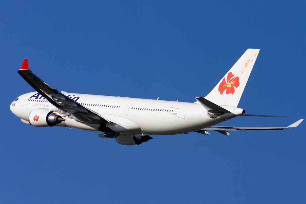 Airbus A330-200, F-OHSD, YSSY