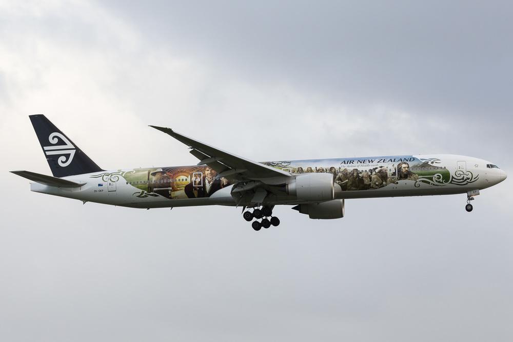Boeing 777-300ER, ZK-OKP, NZAA