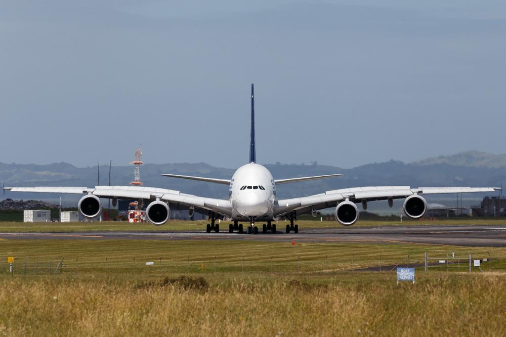 Airbus A380-800, 9V-SKB, NZAA