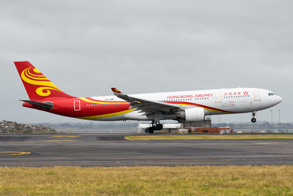 Hong Kong Airlines Airbus A330-200 B-LND arriving on 23L at Auckland as Bauhinia 027. January 2017