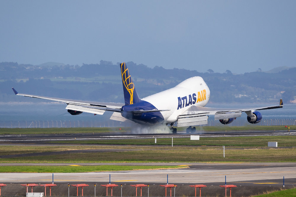 Atlas Air Boeing 747-400 N492MC arriving in Auckland. May 2016.