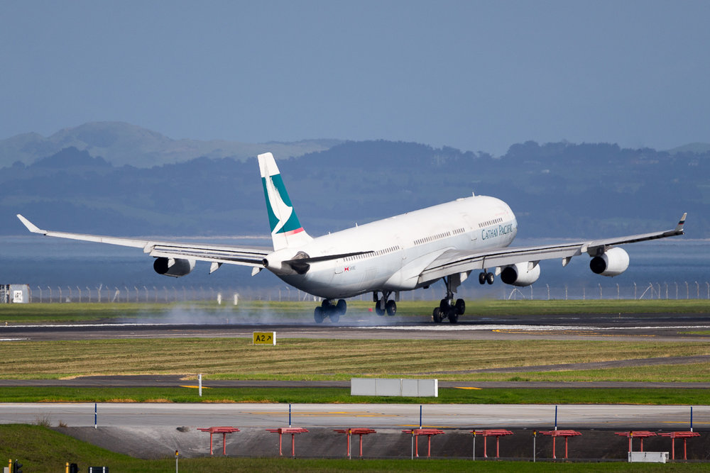 Cathay Pacific Airbus A340-30 B-HXJ arriving in Auckland. May 2016