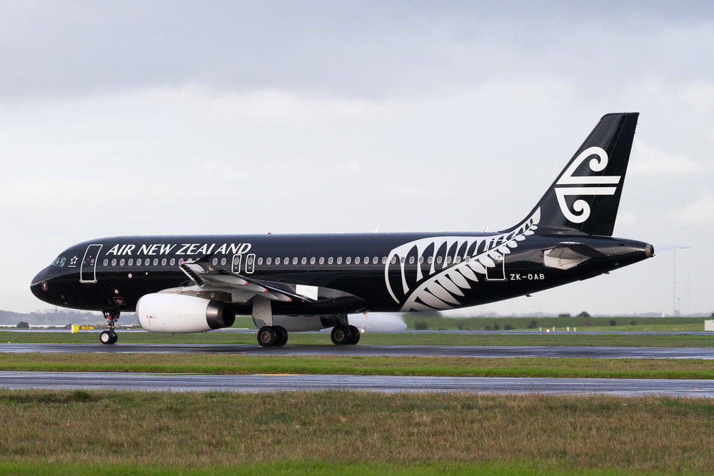 Air New Zealand Airbus A320 ZK-OAB in Auckland. May 2016.