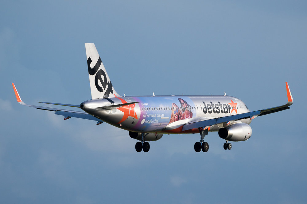 Jetstar Airbus A320 VH-VFV in Auckland. May 2016
