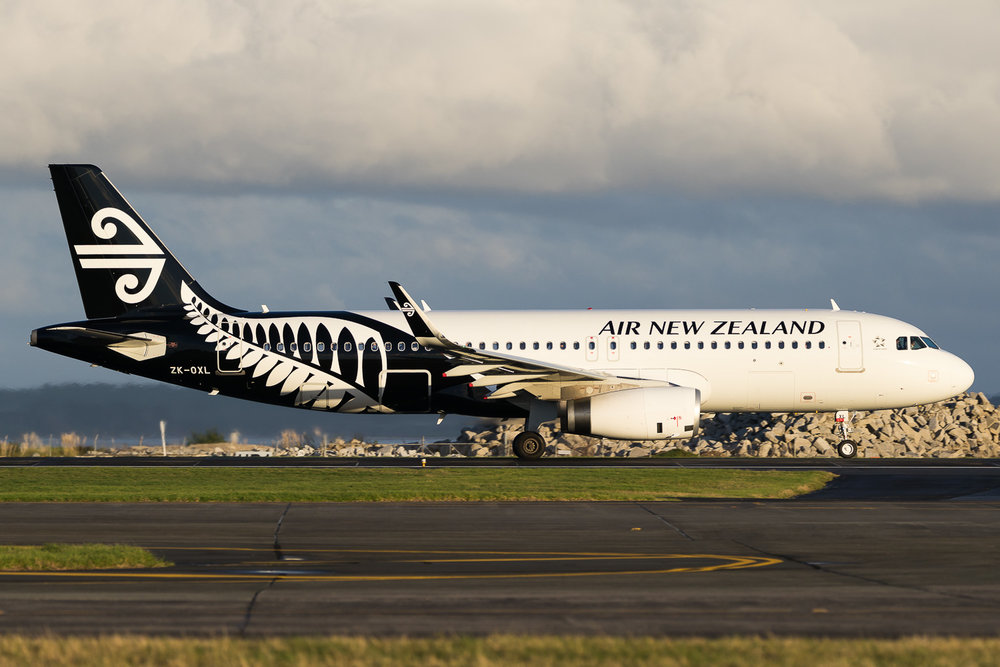 Air New Zealand Airbus A320 ZK-OXL in Auckland. June 2016