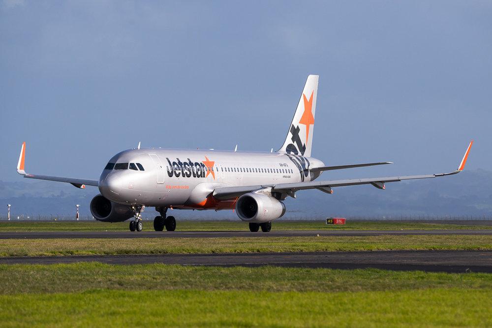 Jetstar Airbus A320 VH-VFV in Auckland. July 2016