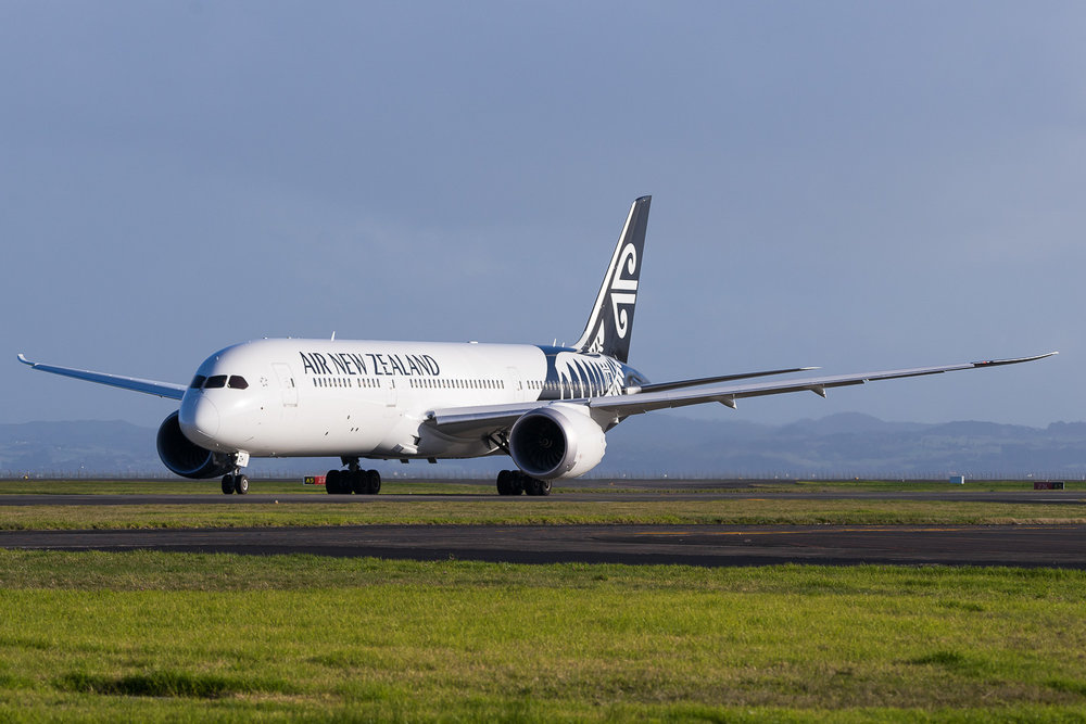 Air New Zealand Boeing 787-9 ZK-NZH in Auckland. July 2016