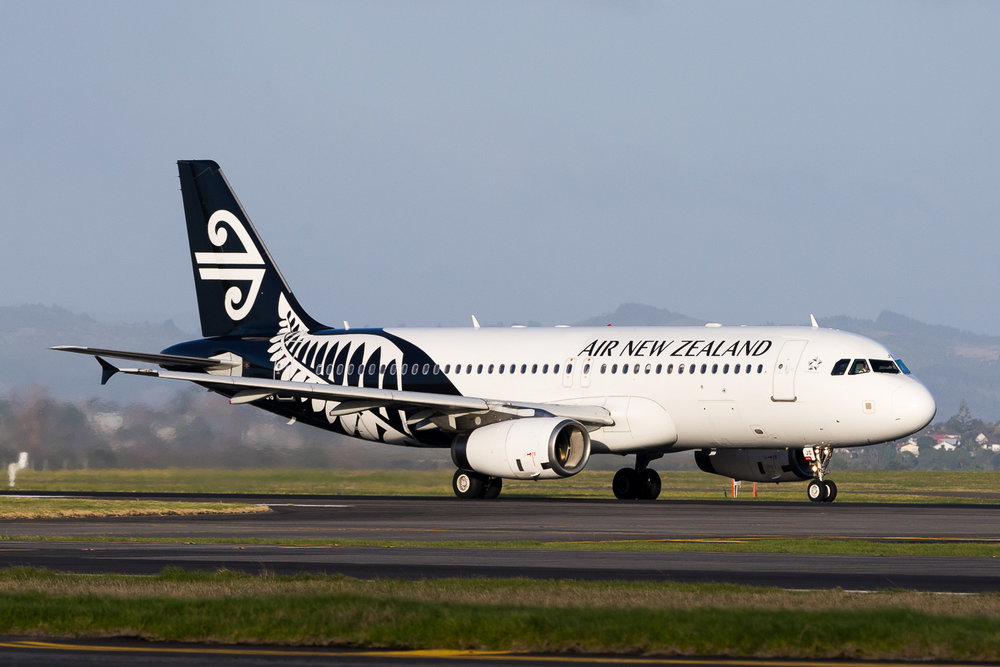 Air New Zealand Airbus A320 ZK-OJG departing 23L at Auckland. July 2016