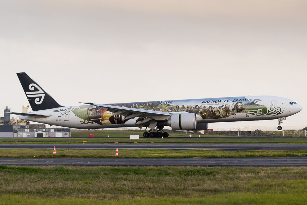 Air New Zealand Boeing 777-300ER ZK-OKP arriving as NZ53 from Nadi. July 2016