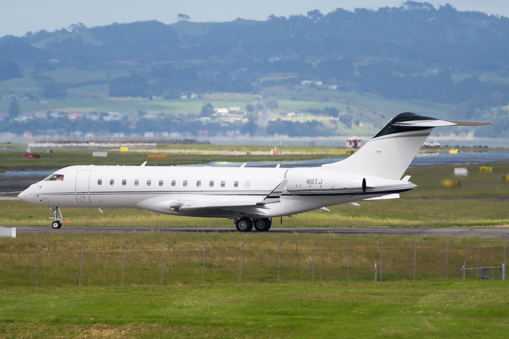 Bombardier Global Express N9TJ in Auckland. November 2016
